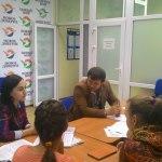 Почему распался СССР?молодежь дискутирует на заседании политического клуба.